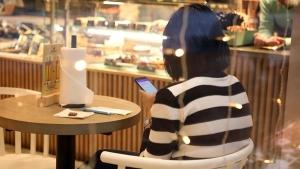 Психолог дал советы по борьбе с зависимостью от соцсетей