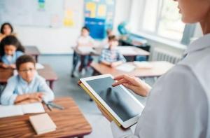 """""""Заботливая школа"""": как помочь учащимся сохранить ментальное здоровье"""