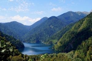 Абхазия вошла в десятку направлений для снятия стресса после изоляции у россиян