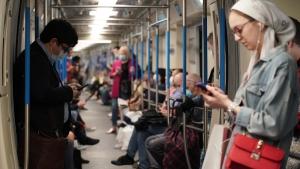 Эксперты объяснили демонстративный отказ СOVID-диссидентов от масок