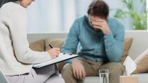 Названы самые популярные запросы россиян при обращении к психологам